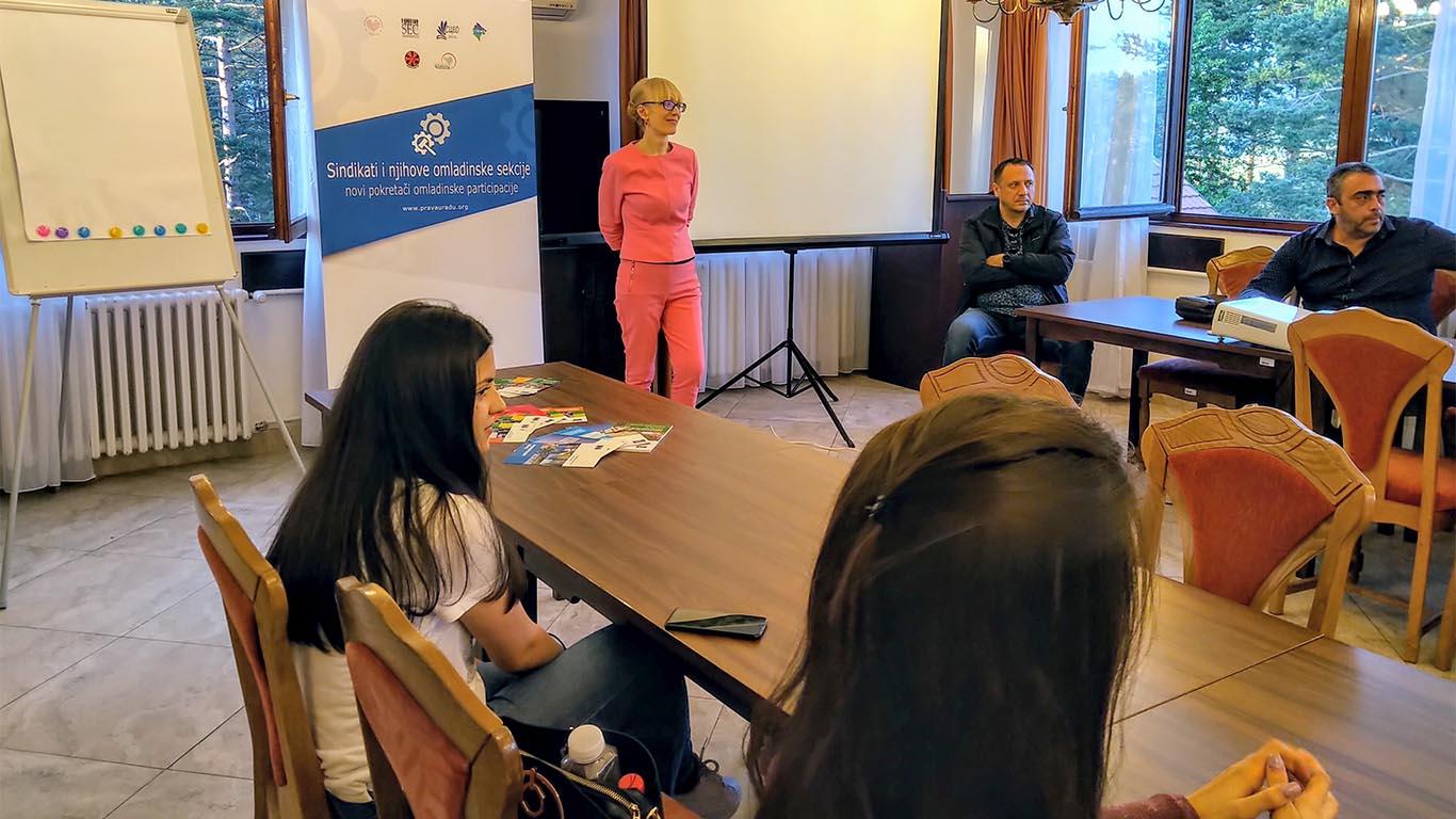 """Александра Кнежевић: """"Буди промена коју желиш да видиш у свету"""""""
