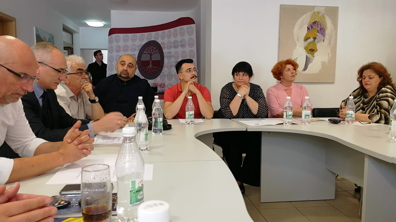 """Одржана панел дискусија """"Отворено о могућностима за унапређење српско-румунске сарадње"""""""